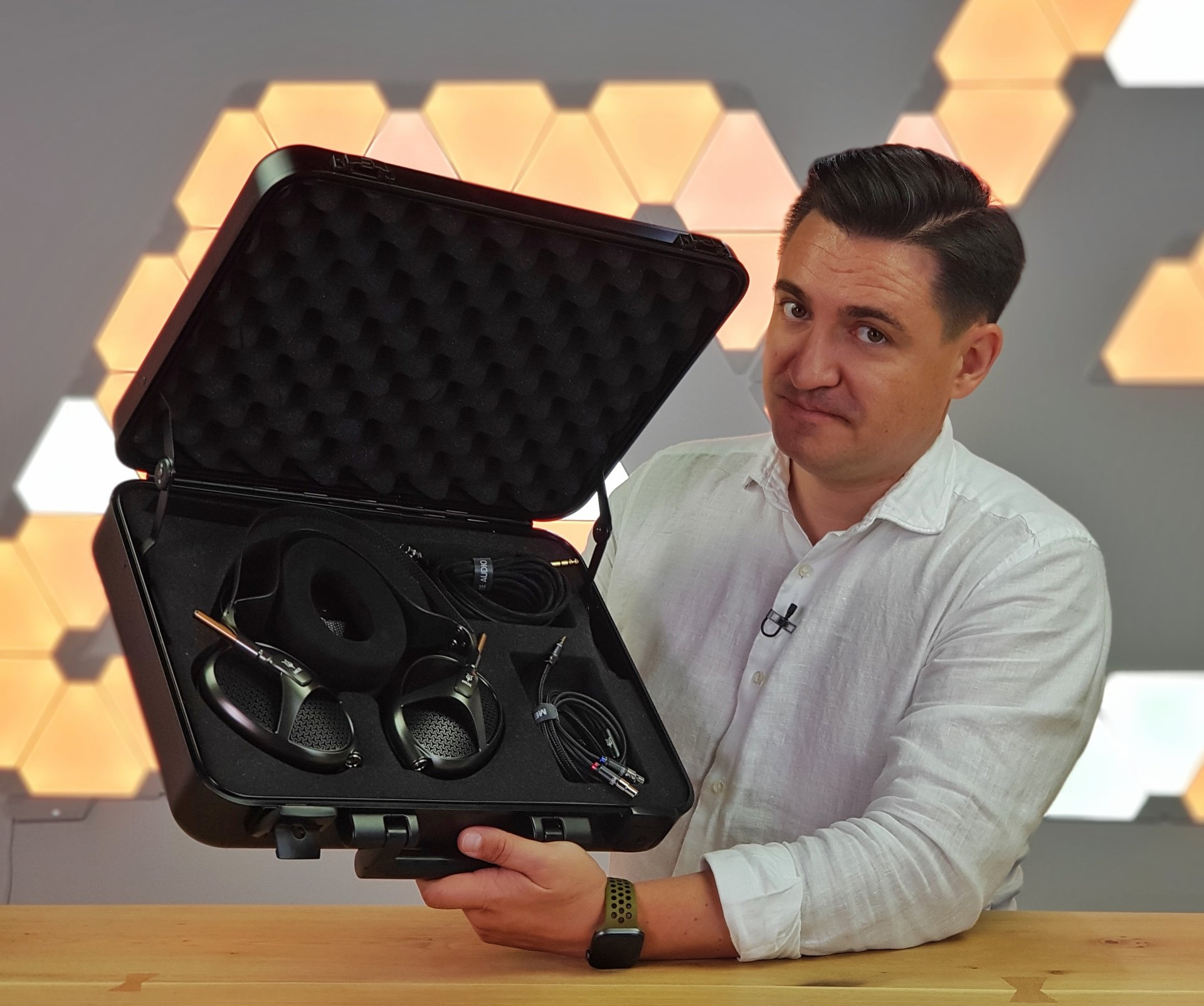 https://buhnici.ro/alienware-m15-un-laptop-adevarat-de-gaming-unboxing-review/