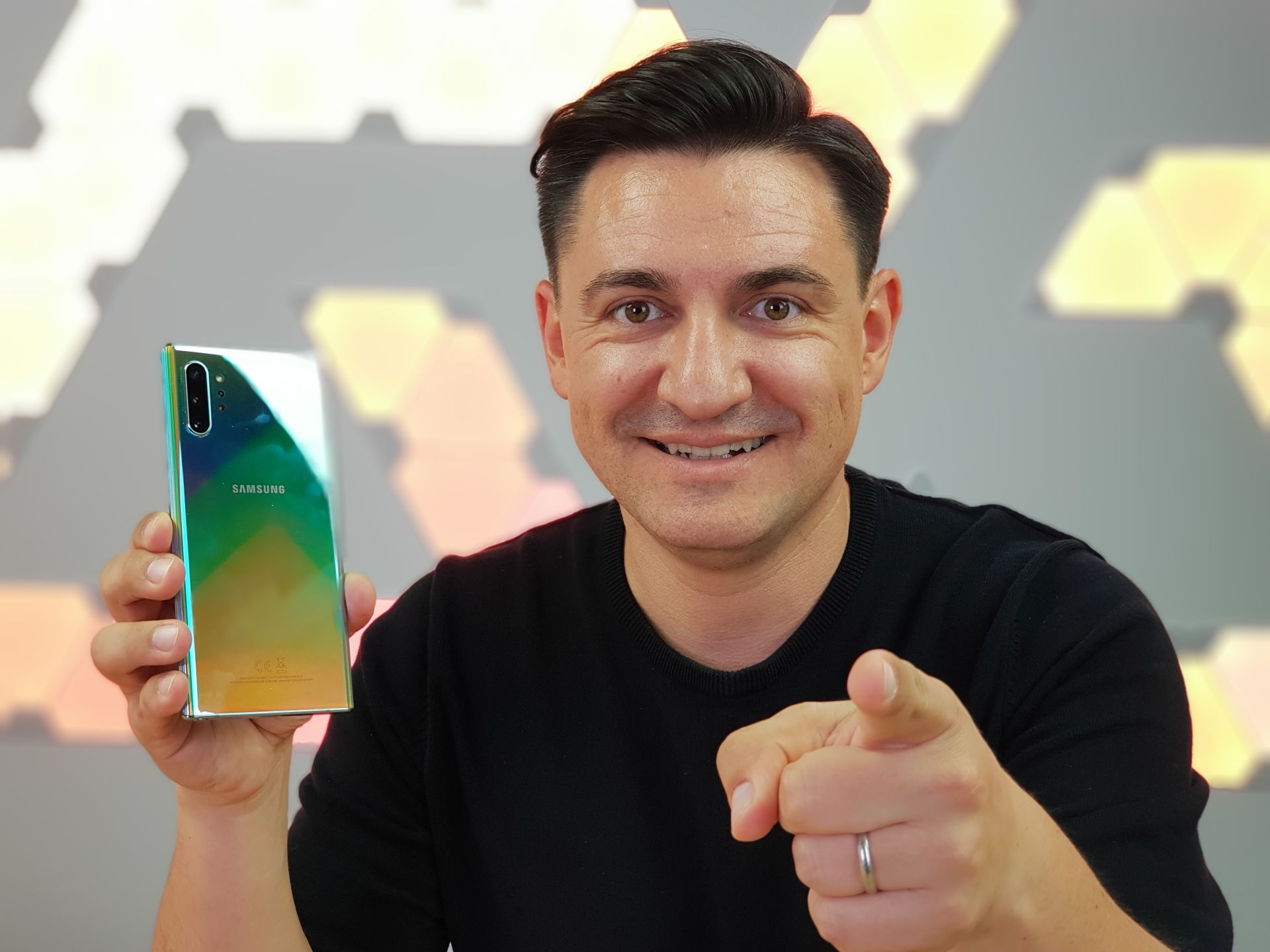 https://buhnici.ro/htc-desire-12-12-unboxing-review/